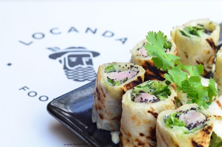 Wasabi Tuna Roll, sekilas mirip sushi