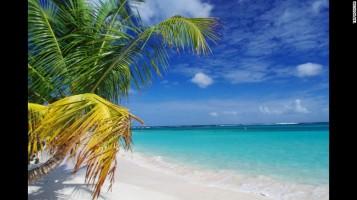 Pantai Flamenco di Puerto Rico menduduki posisi ke-6