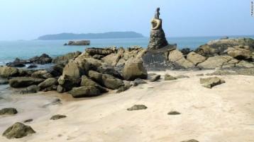 Pantai Ngapali di Myanmar, menduduki posisi ke-8