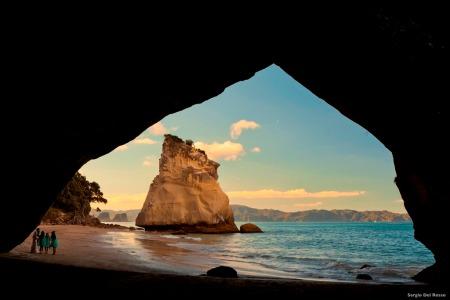 NZ-Cathedral Cove_Coromandel by Sergio Del Rosso