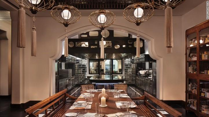 Menggunakan bahan lokal, restoran ini menyajikan hidangan klasik Prancis - foto: cnn.com